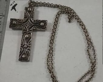 "10% OFF 3 day sale Vintage  used silvertone  cross necklace 28"" chain"