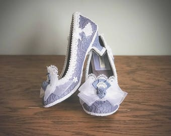 CUSTOM Wedding Heels Outlander Inspired Costume Shoes High Heels Party Pumps Dusty Blue Purple and Snow White Lace Size 6 6.5 7.5 8.5 9.5 10