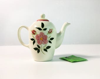 Mid Century Stangl 2 Cup Coffee Pot w/ Lid Wild Rose -  Vintage Kitchenware Pottery - Mini Coffee Pot Retro Serving White with Pink Flowers