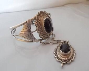 Vintage~Native American~SLAVE  BRACELET~Sterling Silver~Black Onyx~CUFF+Pendant~Set~missing the ring~Onyx~Stones~Southwestern~25+gm.