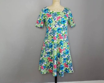 60s floral skater dress / retro mid length sun dress / vintage floral spring dress / hippie 60s floral dress / fit and flare dress / boho