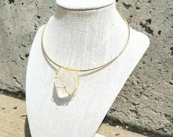 Crystal Quartz Choker - Modern Bohemian Crystal Drop Wire Wrapped Pendant Minimalist Statement Healing Stone Collar Necklace