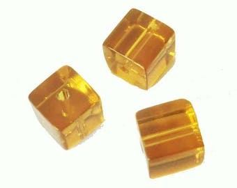 10 x 4mm amber clear glass cube beads