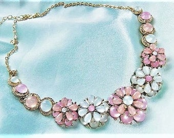 Statement necklace Collier flowers necklace Pink White