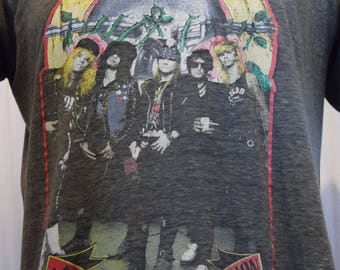 Concert Tee 1980's Guns N Roses Metal Band Axl Rose Slash