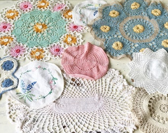 A lovely collection of vintage doilies