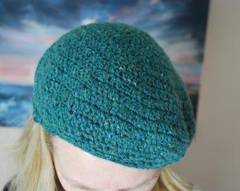 Green beret, 1940's vintage style womens hat, crochet dark green tam, green girls slouchy hat, wool winter hat, repro vintage hat