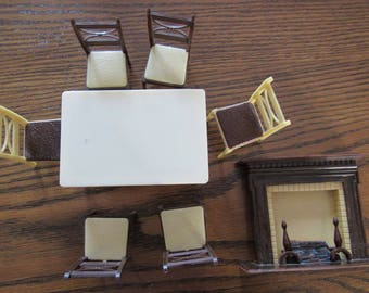 Renwal Dollhouse doll House Furniture Fireplace table and 6 chairs Free Shipping