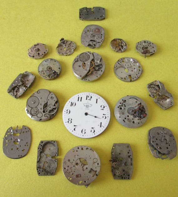 Assorted Vintage Wrist Watch Mechanisms for your Watch Projects - Steampunk Art - Metalworks - Jewelry Making,