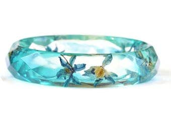 Clear resin bracelet with real dried blue flowers Resin jewelry Blue bangle bracelet Real flower bracelet