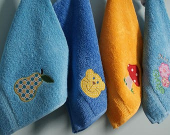 Personalized towel for kid, Towel with pear applique and name, Small hand towel