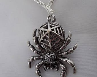 Silver spider necklace, pendant, Aracnid necklace, Halloween, Steampunk