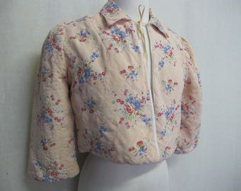 Vintage Quilted Bed jacket Floral Bed Jacket Pink Quilted 1940