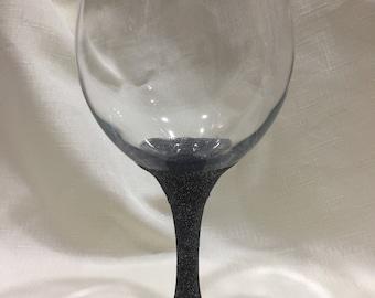 Wine glass with glitter stem // black // dishwasher safe // ready to ship