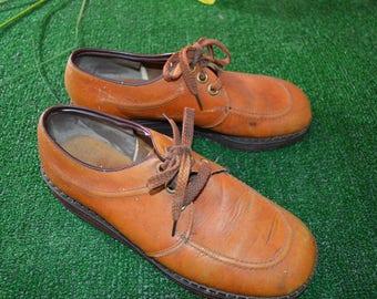 Vintage 1970s Tan Leather Chukka Loafers Earth Shoes Wedge Heel Hush Puppies
