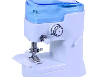 Mini sewing machine simple and effective