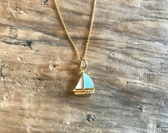 Dainty Sailboat Necklace