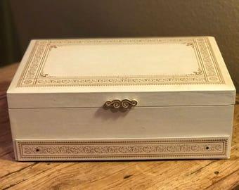 vintage jewelry box case