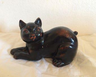 Ceramic Retro Black & Red Cat