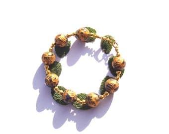 Under the Protection of the Dragon Totem: bracelet Lapis raised patterns Golden 19.5 cm wrist max