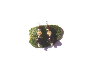 Garnet and Quartz golden rutile / Rutilated Quartz and Garnet: 2 pendants 25 mm tall x 6 mm in diameter