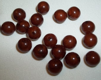 Vintage Beads & Findings - 8mm, Brown, Plastic, 19 Pieces, B50