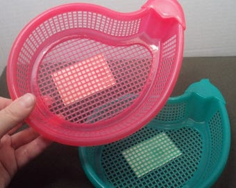 ON SALE 90s Plastic Neon Mesh Sifting Small Organizing Basket Eggplant Aubergine Hot Pink Turquoise Teal Net Holder Flat Shallow