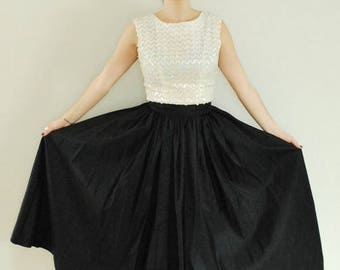 SALE 25% Off 1950's Taffeta Skirt, Long Black Full Skirt, Holiday Party Outfit,  Size-S