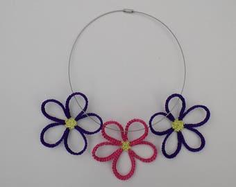 Collier tour de cou Marguerites, marguerites au crochet, collier fleurs, bijoux au crochet, collier crocheté, pièce pour création, pendentif