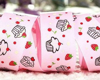 X 93 cm pink pattern cupcake and fruits width 37mm