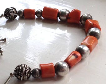 "Unique Chunky 50.7g Sterling Silver Bali Plus Ball Beds & Orange Red Coral Toggle Clasp Beaded Necklace 25.5"" Inches"