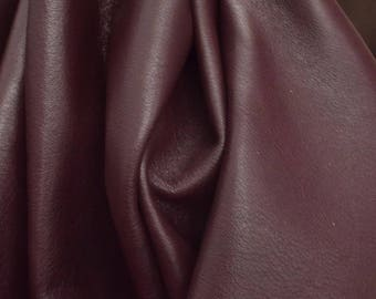 "Divine Dark Red Wine ""Signature"" 8.1 Sq Ft 2-3 oz Leather Cow Project Piece flat grain DE-63927 (Sec. 8,Shelf 1,B)"