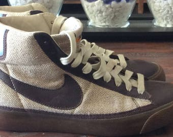 Shoes Mens Size 6 Womens Size 7.5 Vintage Nike High Tops Brown Tweed  Leather Shoes