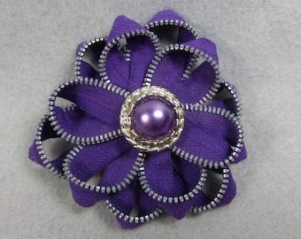 Purple Flower Brooch, Zipper Brooch, Purple Brooch, Purple Pin, Zipper Pin, Zipper Art, Flower Pin, Upcycled, Recycled, Repurposed