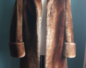 Brown 70's mouton fur coat size M Women's chunky winter coat
