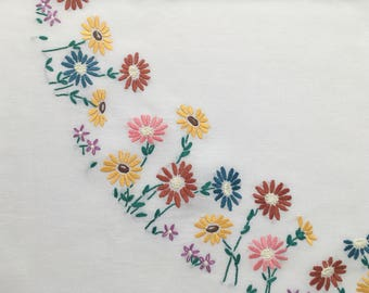 Vintage Square White Linen Tablecloth, Hand-embroidered with lovely Daisies