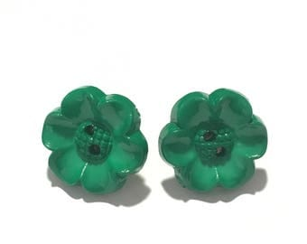 """Flower button stud earring 