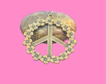 3 large pendants peace and love 40mm