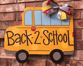 Back to School door hanger, school door hanger, teacher door hanger, fall door hanger, teacher wreath, back to schoool wreath, bus door hang