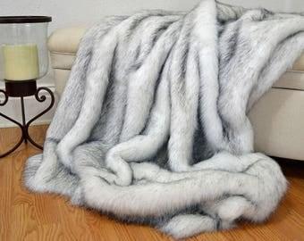 """Faux Fur Throw Blanket, White Husky Faux Fur, Fake Fur Blanket Throw, 72"""" x 60"""""""