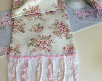 RA Pink Rose Fabric W/ Shabby Trims Table Runner
