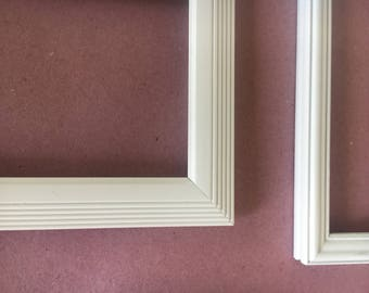 White picture frames group of 5 1 oval . Nice Vintage sprayed finish
