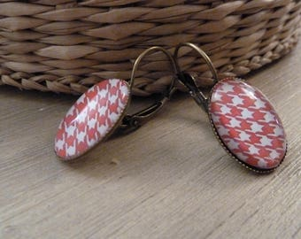 Earrings sleepers oval red houndstooth print