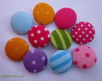 Set of 10 buttons 18 mm covered in colorful fabric