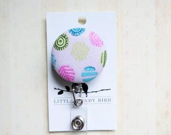 Bright Circle Design Fabric Covered Retractable Badge Reel