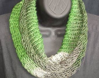 Super Soft neck warmer in green and black