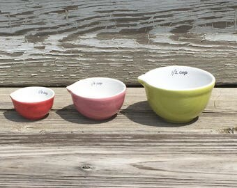 Vintage Set of Three Porcelain Measuring Cups Nesting Green Pink Red