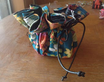 9 Pocket Drawstring Pouch