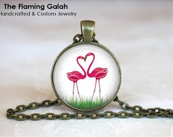 FLAMINGO HEART Pendant • Retro Flamingo • Kitsch Flamingo • Vintage Flamingo • Flamingo &d Palms • Gift Under 20 • Made in Australia (P1453)