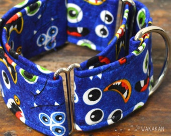 Martingale dog collar model Monsters. Adjustable and handmade with 100% cotton fabric. Funny fabric. Wakakan